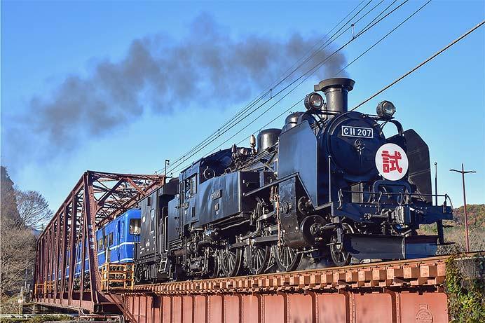 東武鉄道鬼怒川線でSL「大樹」の試運転
