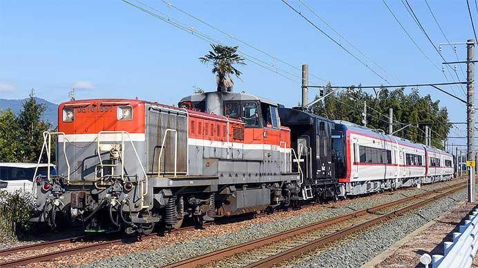 名鉄2200系の特別車4両が甲種輸送される