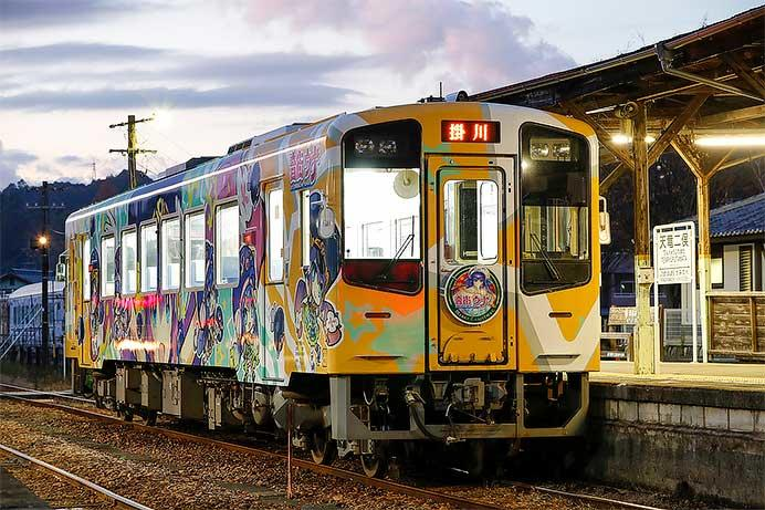 天竜浜名湖鉄道でクリスマスヘッドマーク