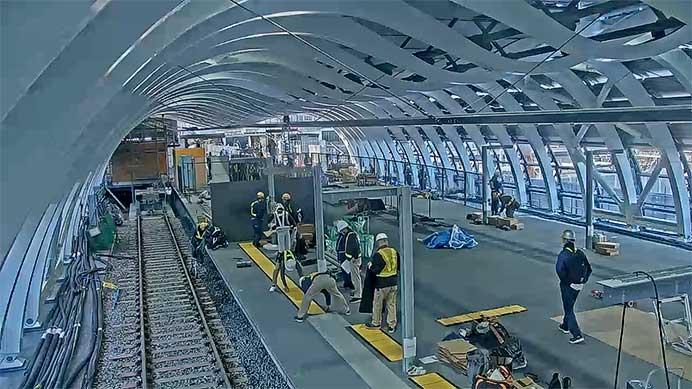 銀座線渋谷駅で新ホーム設置工事