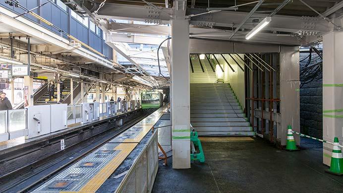 JR東日本,山手線原宿駅の新駅舎を報道陣に公開