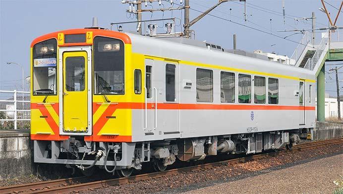 肥薩おれんじ鉄道に台湾鉄路管理局ラッピング車が登場