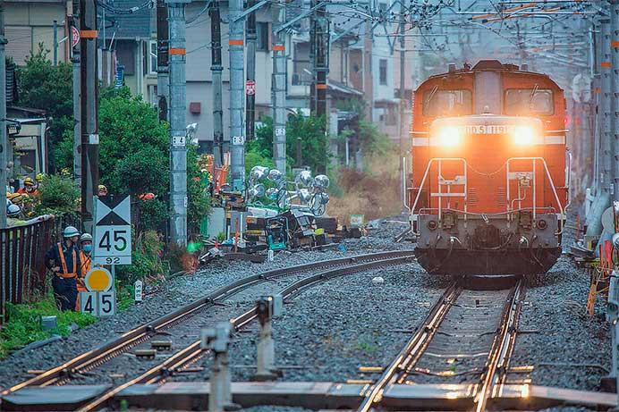 奈良線で線路切替にともなう試運転列車運転