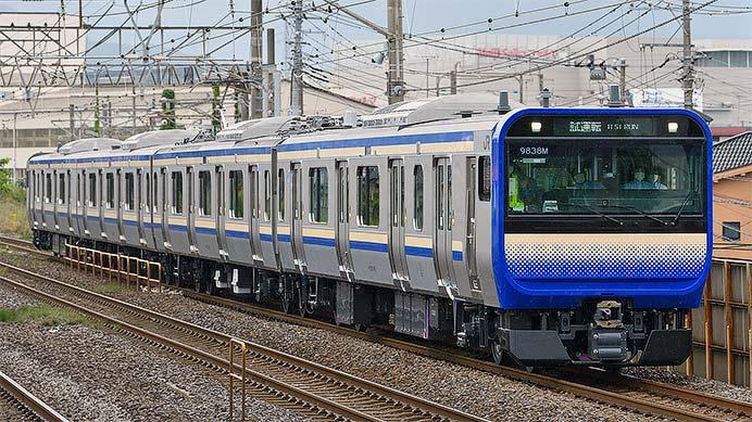 E235系1000番台J-01編成が東海道本線で試運転