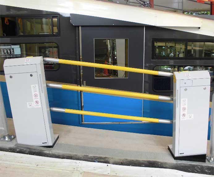 箱根登山ケーブルカー,7月9日から早雲山駅で昇降式ホーム柵の稼働を開始