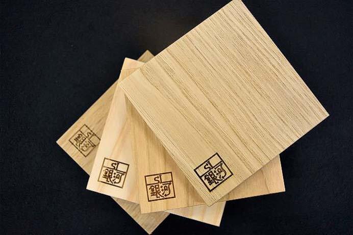 JR東日本,「SL銀河木製コースター」を発売
