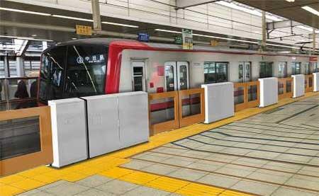 東武,北千住駅・新越谷駅・志木駅で順次ホームドアの使用を開始