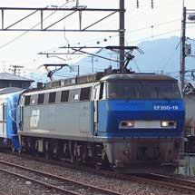 EF200-19が東京メトロ10000系甲種輸送をけん引