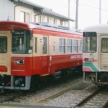 甘木鉄道AR303が国鉄一般形気動車標準色ふう塗装に