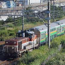 E233系3000番台グリーン車8両が甲種輸送される