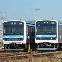 長野総合車両センターで209系0番台が2編成並ぶ