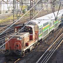 E233系3000番台グリーン車が甲種輸送される