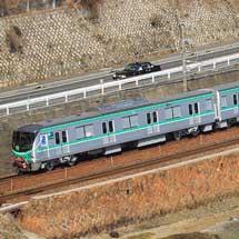 東京メトロ16000系が日立製作所から出場