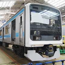『鉄道ふれあいフェア2012』で改造途中の209系が展示される