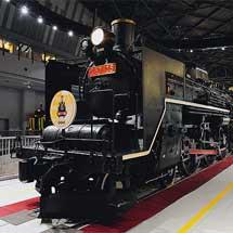鉄道博物館 C57 135に「開館6周年」ヘッドマーク