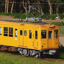 銚子電鉄で,デハ1001と1002が連結して運転される