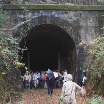 近鉄で青山高原・鉄道遺産巡りが開催される