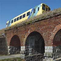 日本の鉄道遺産「下駄っ歯」と複線化 -平成筑豊鉄道の構造物群−