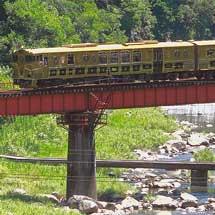 JRKYUSHU SWEET TRAIN「或る列車」が営業運転を開始
