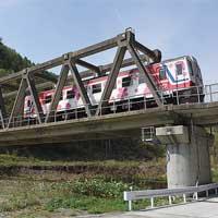 日本の鉄道遺産孤高の連続PCトラス −三陸鉄道北リアス線・槙木沢橋梁−