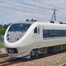 681系T11編成が旧塗装のまま出場