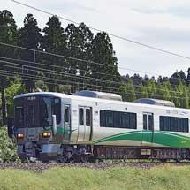 あいの風とやま鉄道所属の521系が松任本所から出場