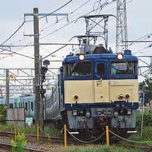E235系トウ09編成が配給輸送される