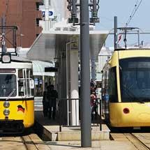 えちぜん鉄道「ki-bo」が福井鉄道福井駅に乗り入れる