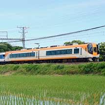 近鉄で異種混結編成による団体臨時列車運転