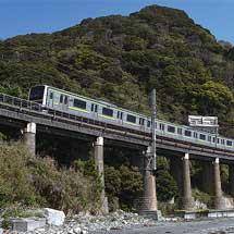 日本の鉄道遺産 鉄筋コンクリート桁の進化-内房線・山生橋梁-
