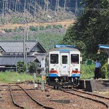 長良川鉄道が全線で運転を再開