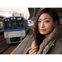 11月21日〜12月2日三橋康弘写真展「電車を待つ彼女」開催