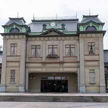 門司港駅が公開される