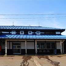 えちごトキめき鉄道,二本木駅駅舎や雪囲いなどが国の登録有形文化財に登録へ