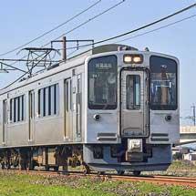えちごトキめき鉄道の定期列車が増結運転される