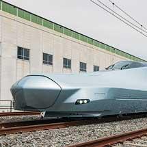 JR東日本,E956形「ALFA-X」を報道陣に公開