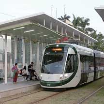 台湾の2都市で運行する最新形LRT