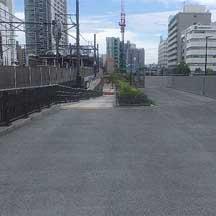 横浜市,東横線跡地を活用した歩行者専用道路の供用を開始