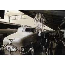 7月20日〜11月24日京都鉄道博物館で,収蔵写真展「ハレの日の鉄道」開催