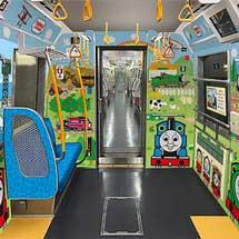 都営大江戸線で,7月31日から「子育て応援スペース」を設置した車両の運行を開始
