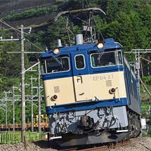 EF64 37がロングレール輸送の工事用臨時列車をけん引