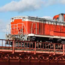 釧網本線で砂撒き列車運転