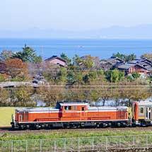 キハ120 350が敦賀へ配給輸送される