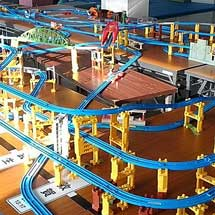 新津鉄道資料館で「トイトレインレイアウト」設置