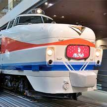"""京都鉄道博物館のクハ489-1に""""シュプール""""のヘッドマーク"""