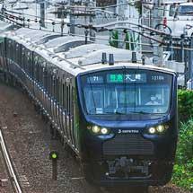相鉄線内で大崎行きの列車が走行