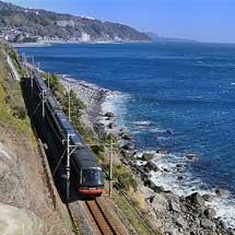 7月23日〜8月31日伊豆急行,リゾート21「黒船電車」に期間限定でロイヤルボックスを連結
