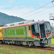 2700系「アンパンマン列車」に一般車が連結される