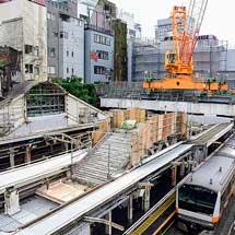 JR御茶ノ水駅で,こ線橋解体工事が進む