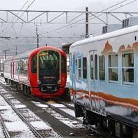 えちごトキめき鉄道「雪月花」が,あいの風とやま鉄道へ
